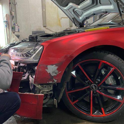 Осмотр Audi S8 с участие страховщика